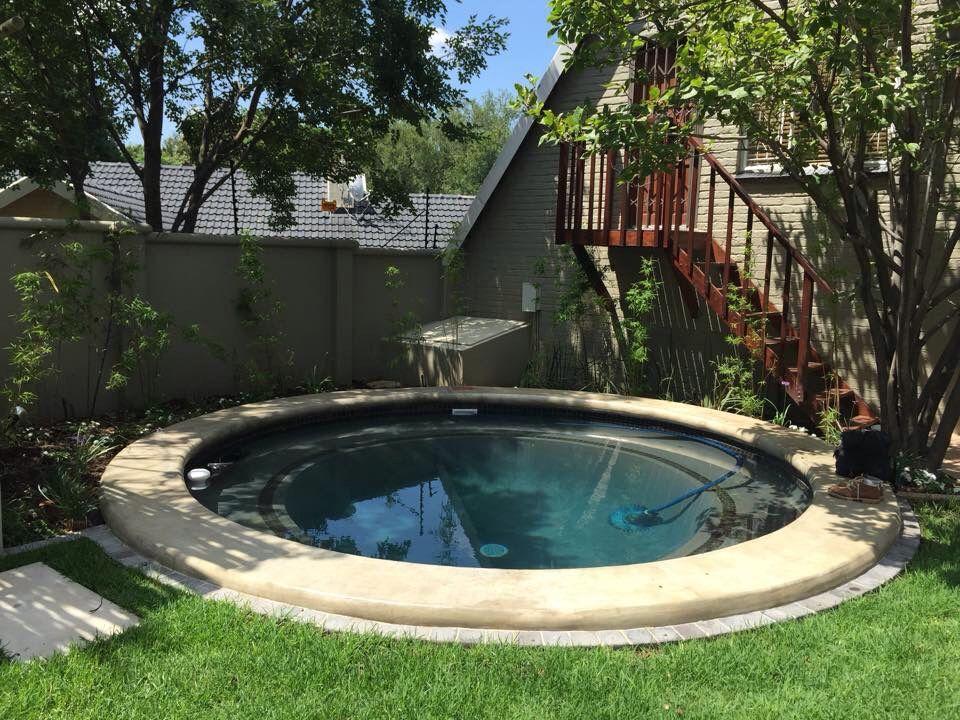 Round Splash Pool Pools Small Backyard Patio Ideas Landscape