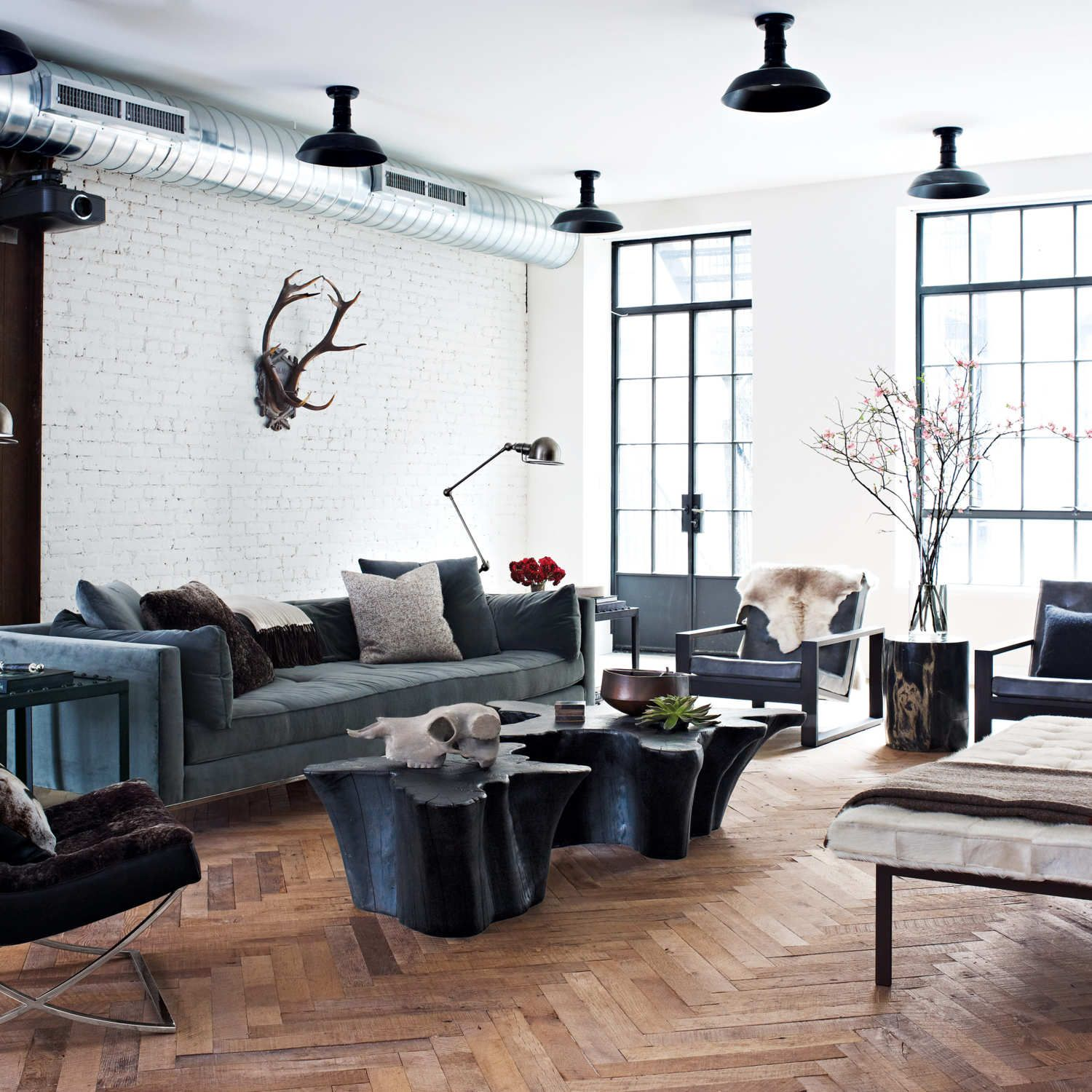 How Jenny Wolf Interiors Created This Modern Bachelor Pad From ...