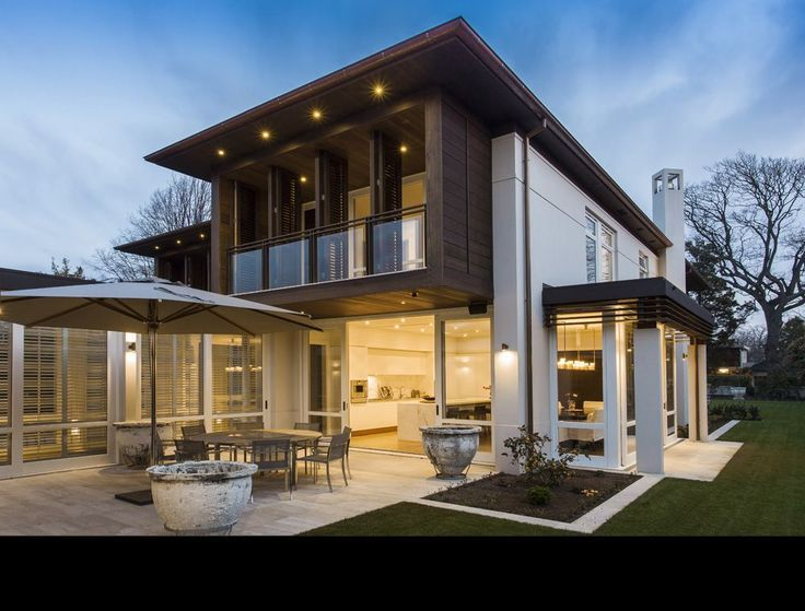 Aucklandbased residential architects Sumich Chaplin have been