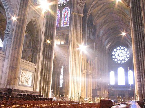 In France, the Chartres Cathedral was a Romanesque church constructed in 1145. In 1194, all but the west front was destroyed by fire. Between 1205 and 1260, Chartres Cathedral was rebuilt on the foundation of the original church. This is an insiders view.