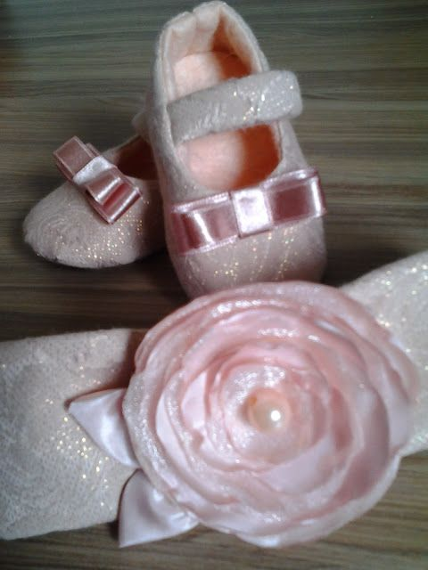 Sapato e tiara para bebês !