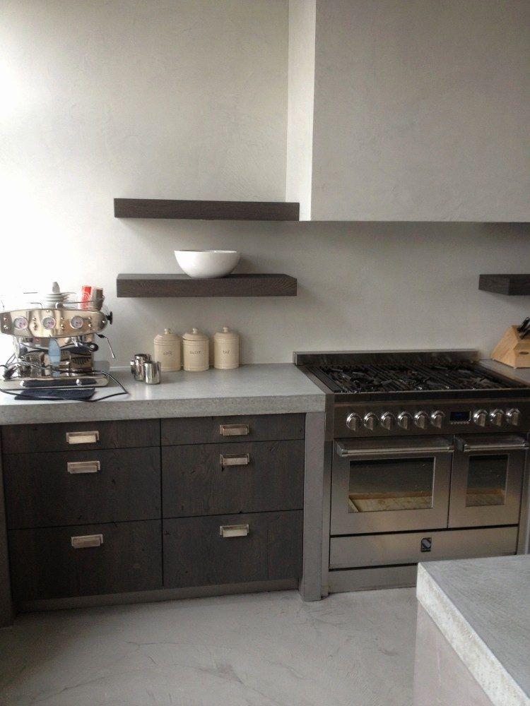 La cr dence b ton cir cuisine tendance ind modable donnant une allure industrielle la - Credence beton cire cuisine ...