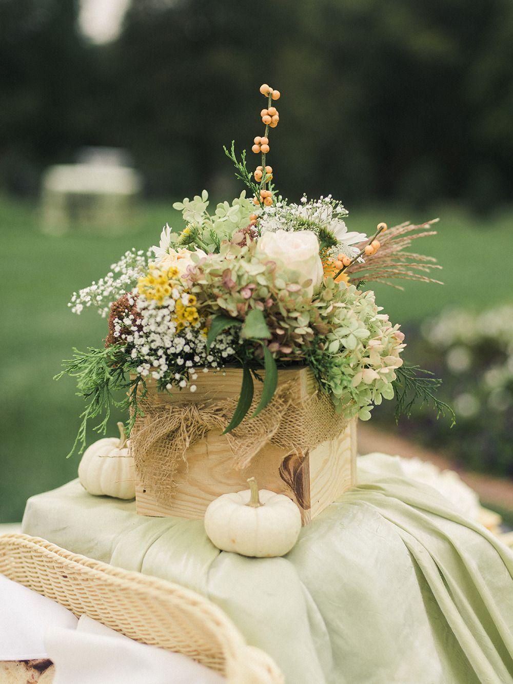 Photography: Krista A. Jones - kristaajones.com/  Read More: http://www.stylemepretty.com/2015/03/11/rustic-manor-wedding/