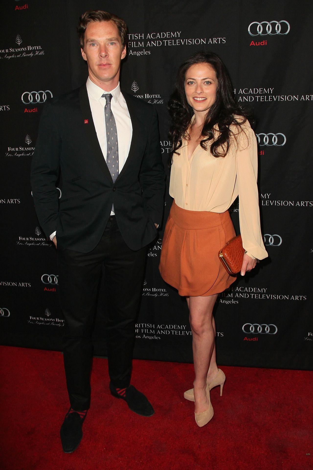 Lara pulver tom hiddleston
