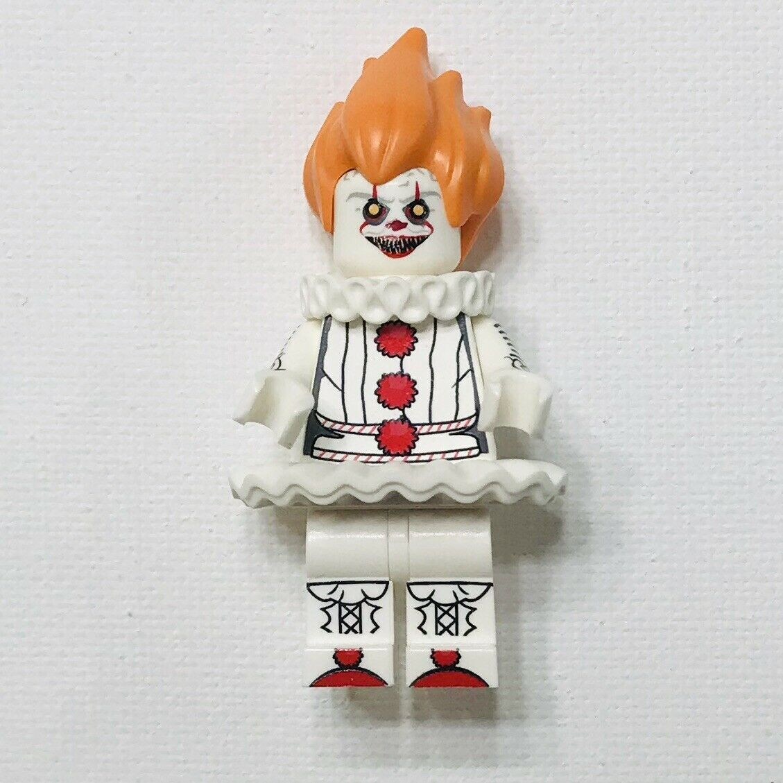 The Clown Pennywise With Two Balloon Figure For Custom Lego Minifigures
