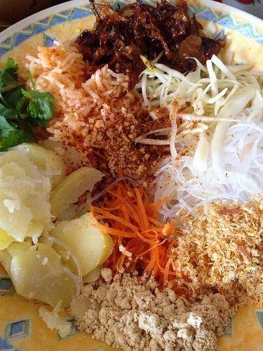Meemalee Burmese Rainbow Salad Recipe Let Thohk Sohn Myanmar Food Recipe Rainbow Salad Burmese Food