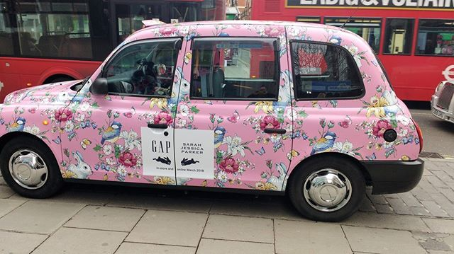 Taxi promoting the forthcoming Sarah Jessica Parker x Gap Kids collaboration #LDN