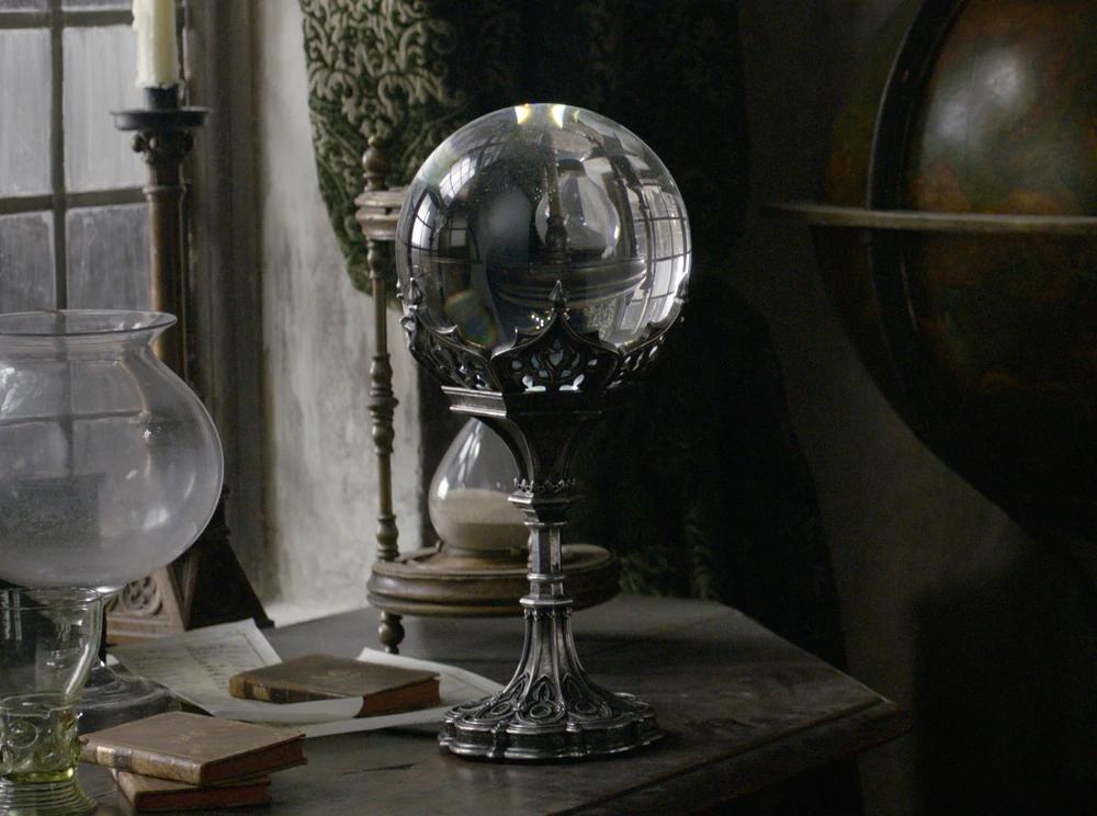 Nicolas Flamel S Crystal Ball Harry Potter Wiki Crystal Aesthetic Nicolas Flamel The Dark Crystal