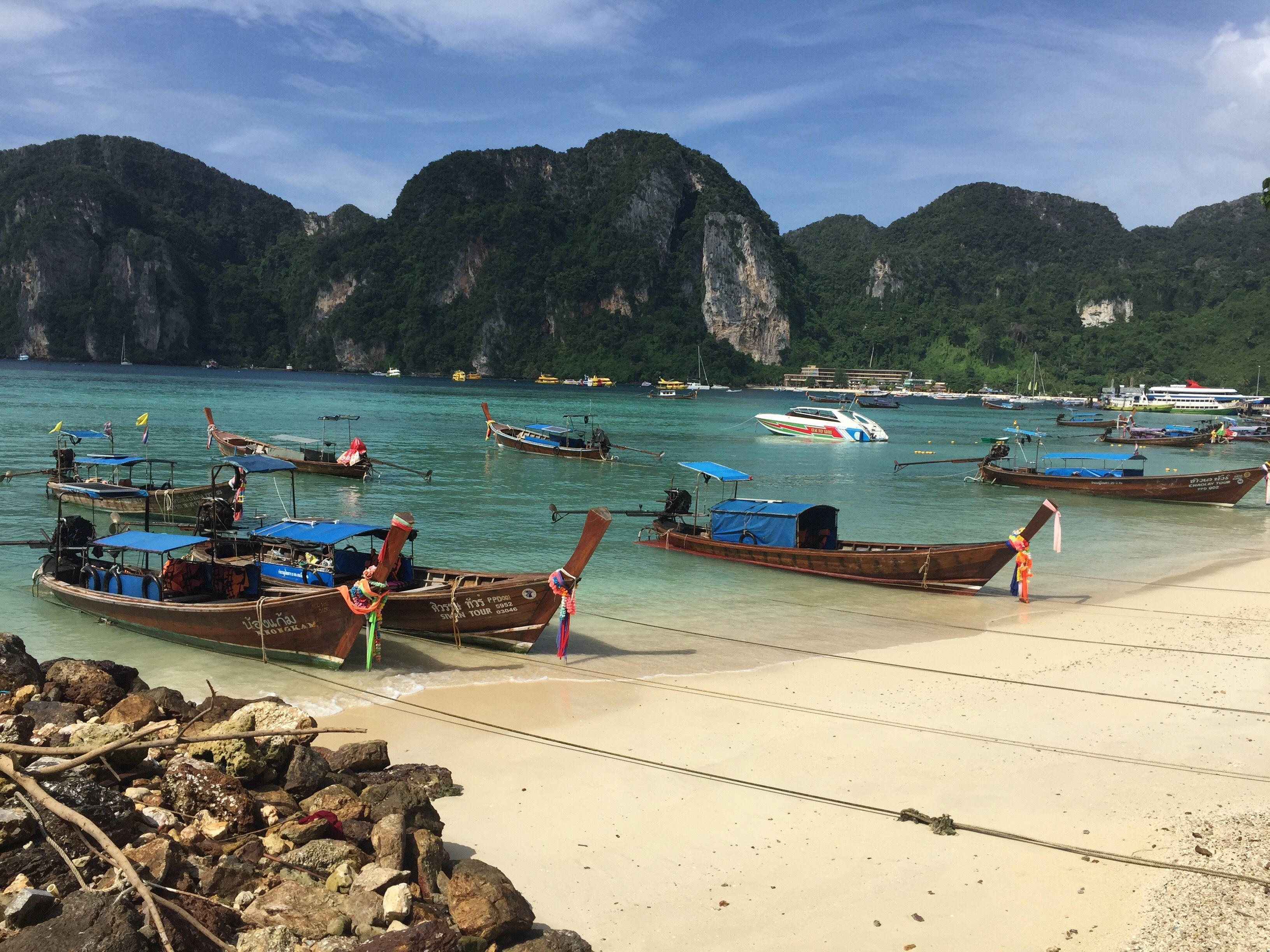 Koh Phi Phi Island, Thailand #phiphi #kophiphi #thailand #tailandia