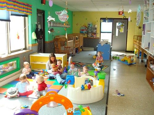 Having toddler 39 s together playing can encourage social Dacare room designs