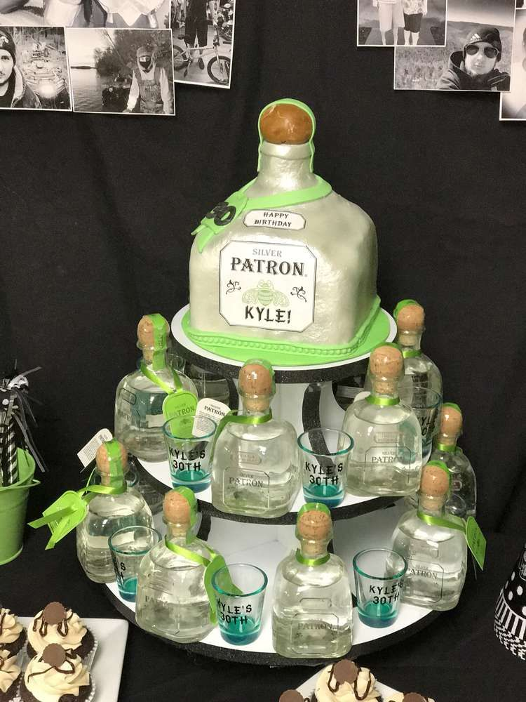 Kyle S 30th Birthday Party Catchmyparty Com Liquor Gifts