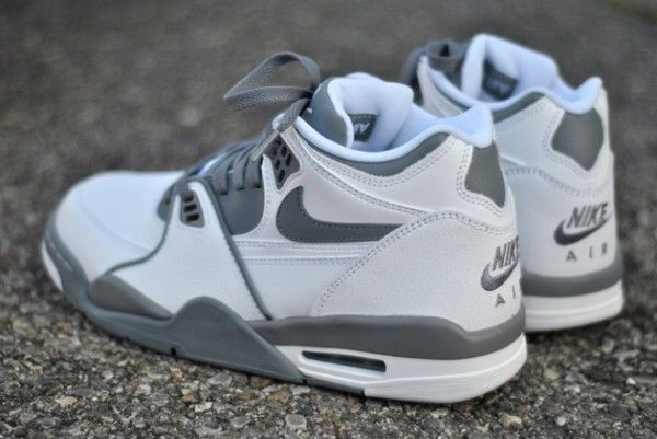Nike Air Flight 89 - White / Grey