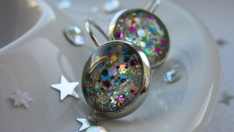 Silver Rainbow Sparkles Multicolour Nail Polish Cabochon Lever Back ...
