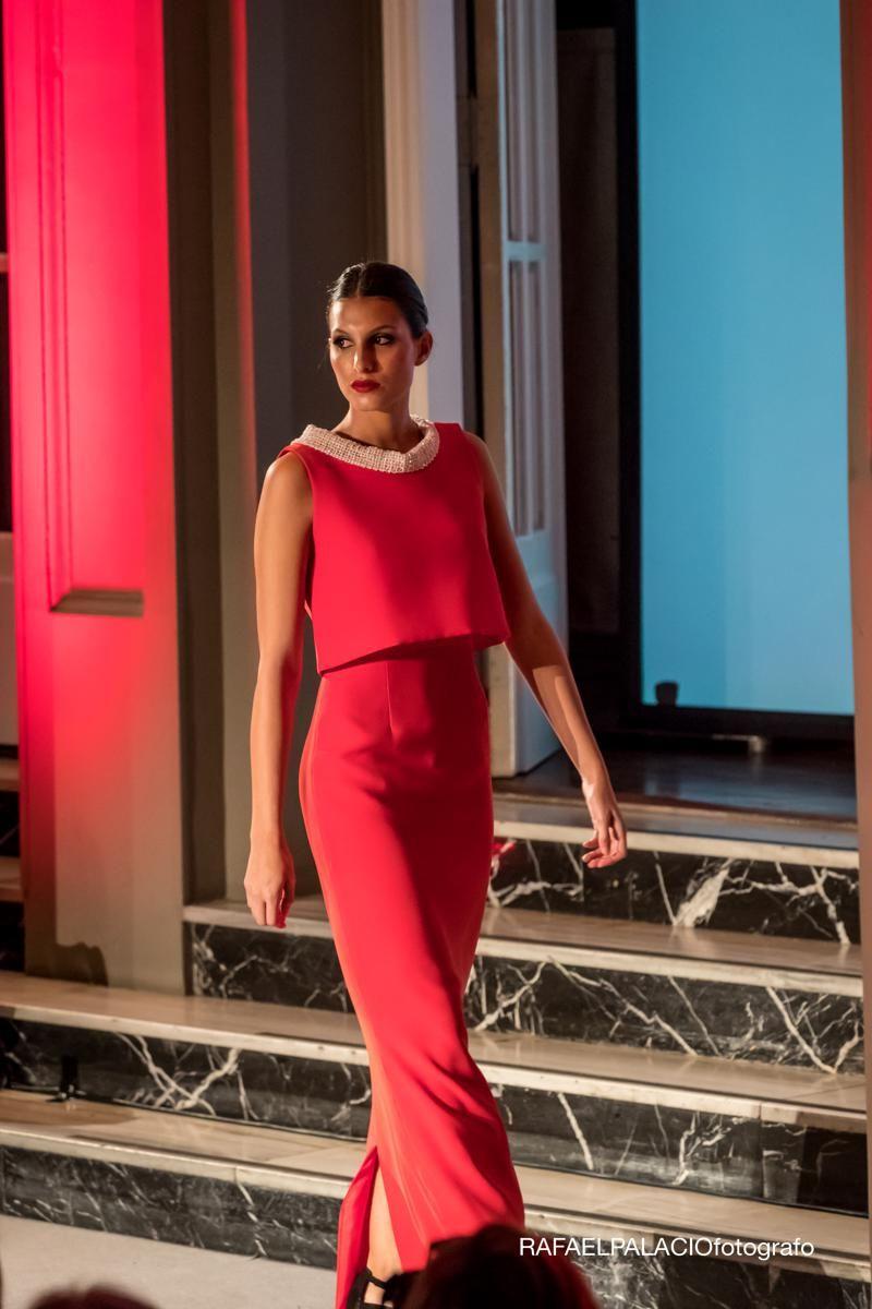 Espectacular Desfile De Marengo Moda Con Las Novedades 2018 En Vestidos De Fiesta Y Novia Que Tuvo Lugar En El Gan Hotel D Vestidos De Fiesta Vestidos Desfiles