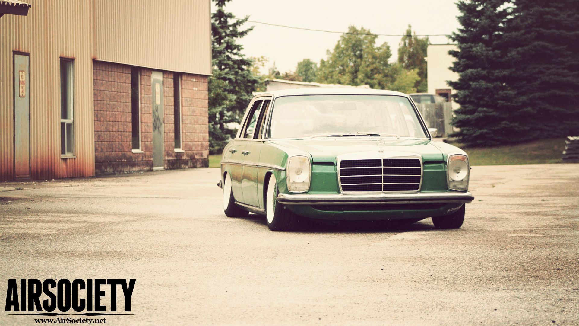 Bagged Mercedes 300D W115 Wallpapers | AIRSOCIETY | Rides