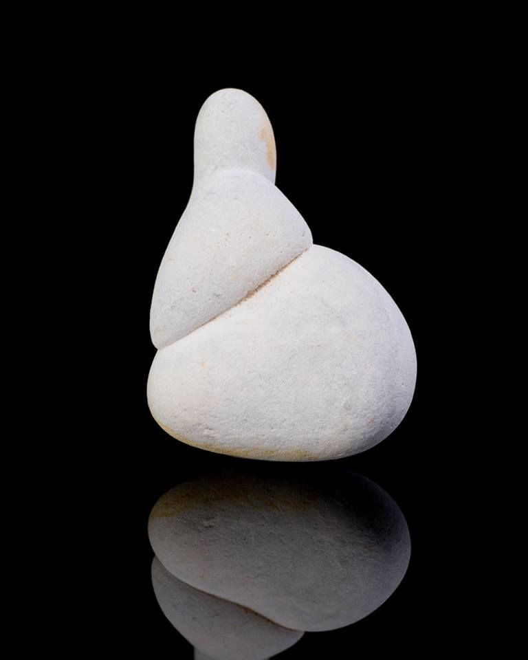 Menalite The Wise Feminine By Judy Hall Minerals And Gemstones Stone Art Crystals