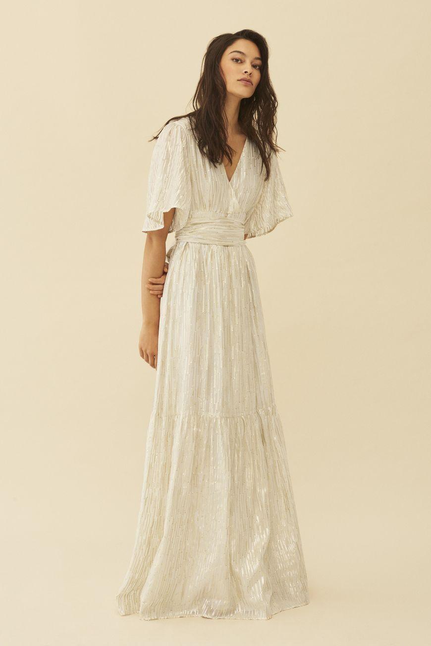 031232b01e DRESS NIXON ECRU // ba&sh #maxidress #winterwhite Simple Dresses, Short