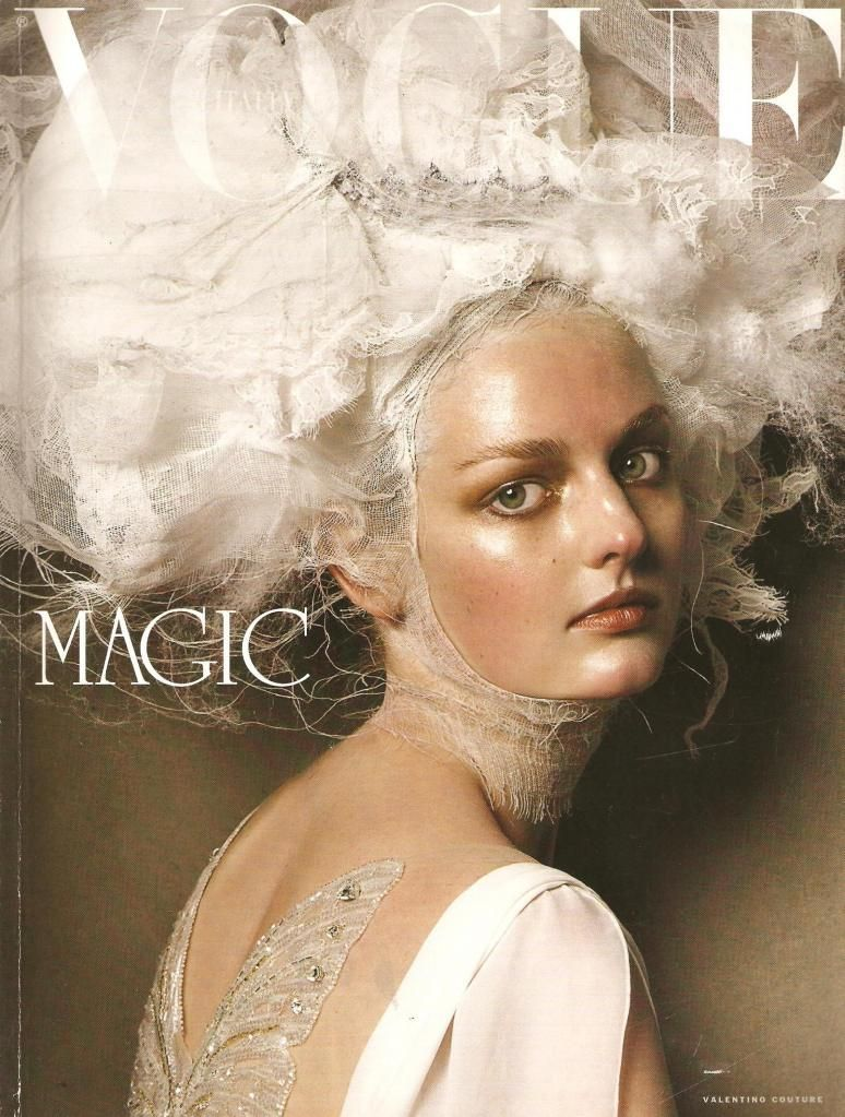 Like a painting: 2010  Steven Meisel in an incredible Story for Italian Vogue.
