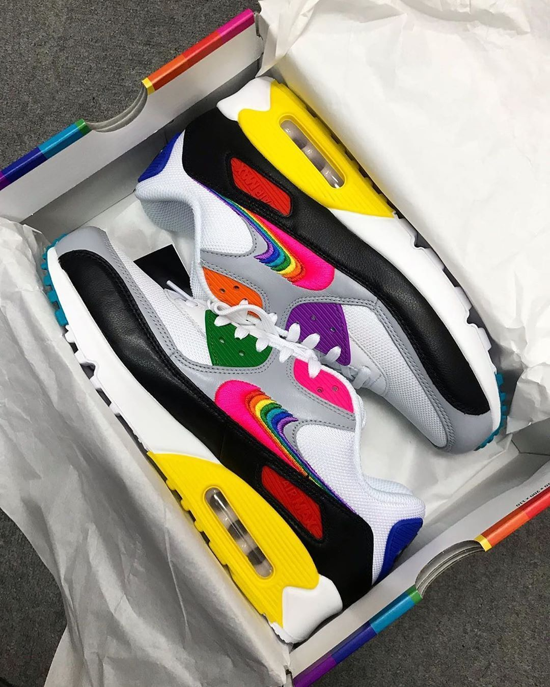 Nike Air Max 90 Be True CJ5482 100 Store List