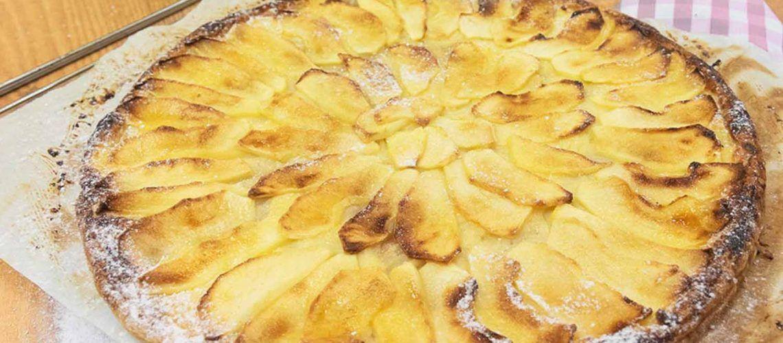 Tarta De Manzana Con Crema Pastelera Recetas Mambo Receta Crema Pastelera Pastelera Tarta De Manzana