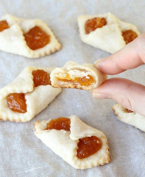 Apricot Kolaches - An Hungarian Christmas Cookie