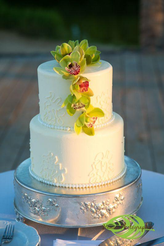 Hawaii Wedding Photographer at the Fairmont Orchid. Beautiful ...