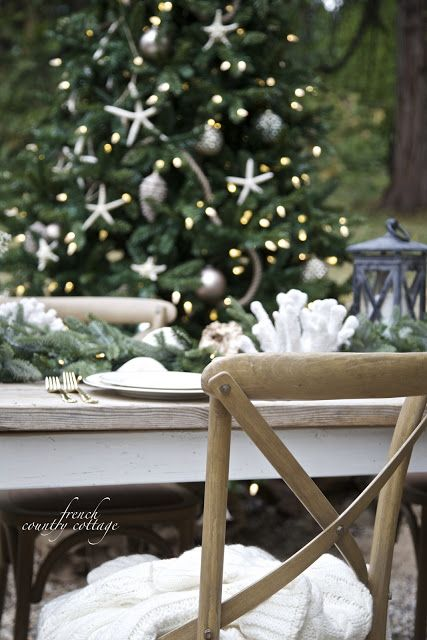 10 favorite Simple Christmas Stylings - FRENCH COUNTRY COTTAGE