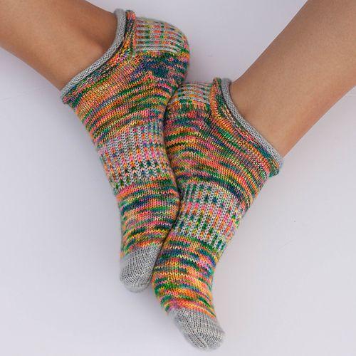 Ravelry: PaperDaisy1\'s Jelly Rolls Ablaze | Knitting: Socks | Pinterest