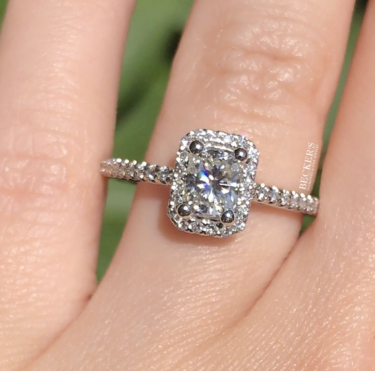 Hello beautiful our new ctw radiant cut diamond engagement