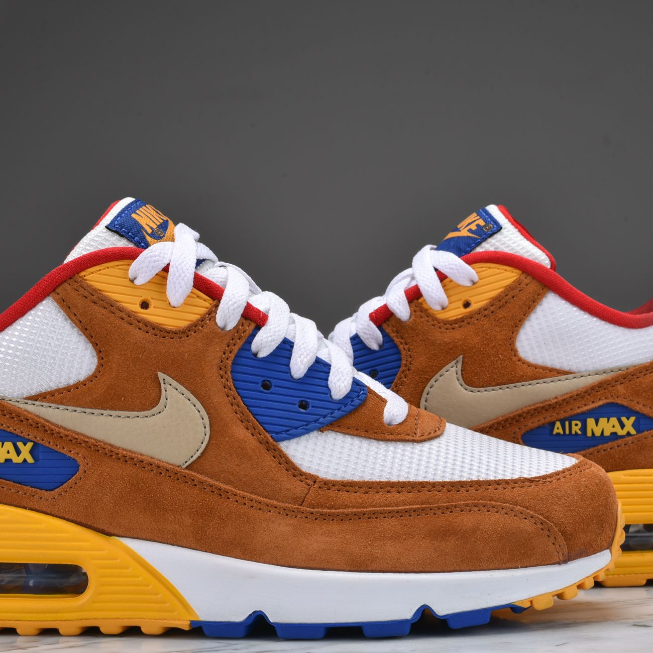 new style 76d2a 50b93 Check out these clean images of the Nike Air Max 90 Premium Curry.