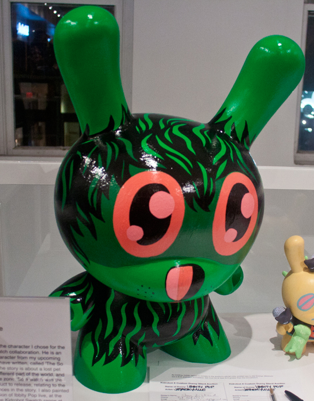 "Hand Painted 20"" Dunny Dunny, Hand painted"