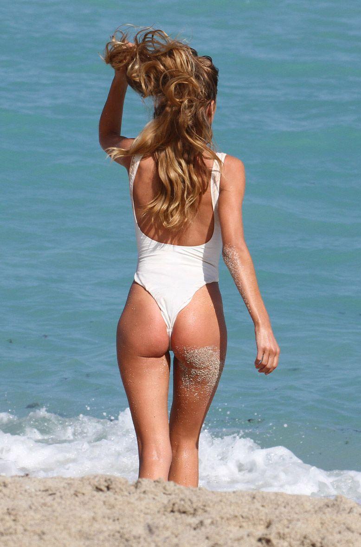 Latina nude mother daughter