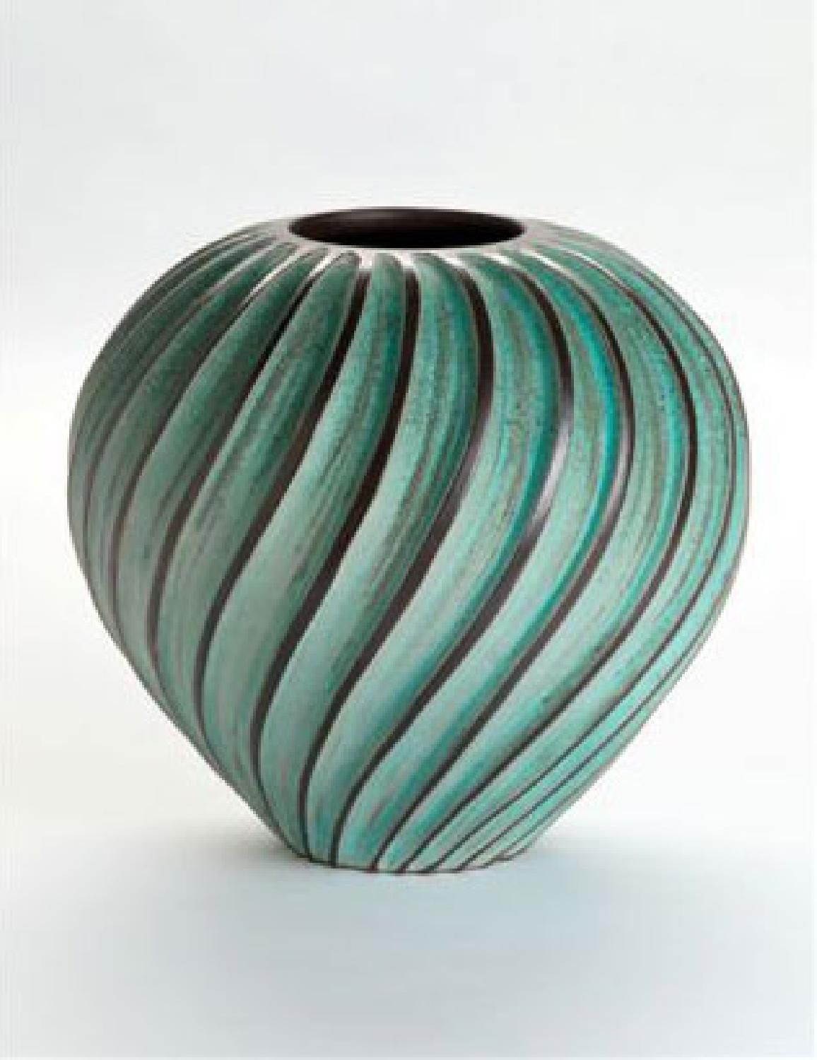 Crear un bodegon linux pottery and pottery designs emily myers ceramic artist makes vases and other vessels on the potters wheel reviewsmspy