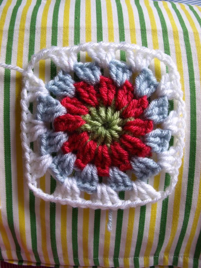 Circles in Squares ~ free pattern ᛡ | Crochet Granny Squares ...