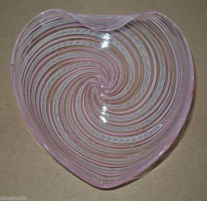little MURANO Intricate LATTICINO Filigrana ART Glass FINE HEART Shaped TREASURE