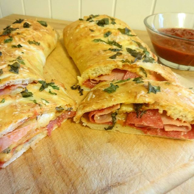 Edel's Mat & Vin : Stromboli ♫♫ Pizzarull !!
