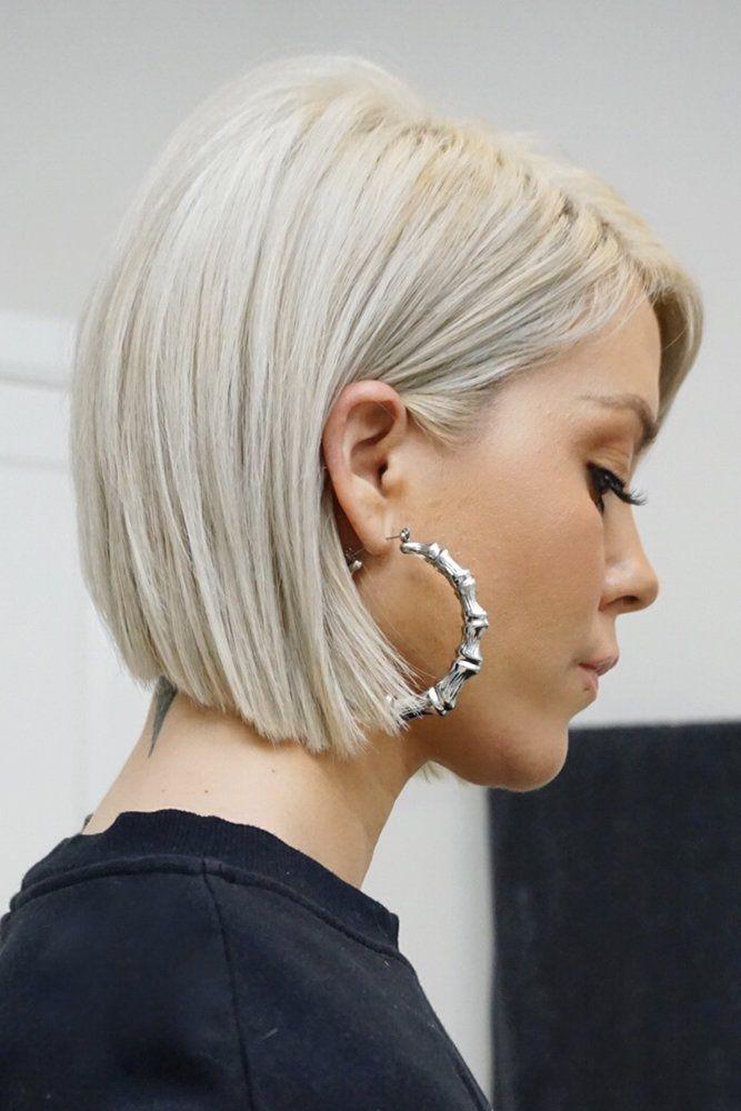 Beste 55 Bilder von kurzen glatten blonden Haaren #haare #haarschnitt #frisuren #trendfrisuren #kurze #kurzehaare #kurzhaarfrisuren