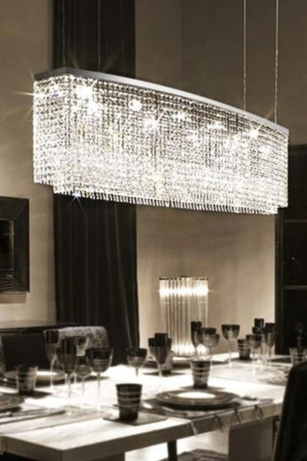 Chandeliers De Luxe In 2020 Crystal Chandelier Dining Room Dining Room Pendant Dining Room Chandelier