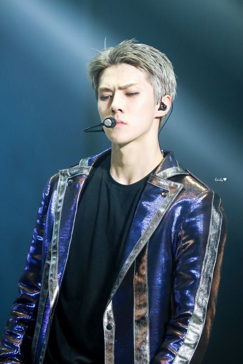 Sehun - 160910 Exoplanet #3 - The EXO'rDium in Bangkok Credit: Emily.