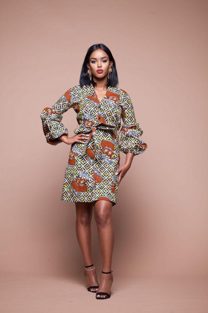 6483104e5db ▷ 1001 + façons modernes d adopter la robe en wax pour un look chic ...