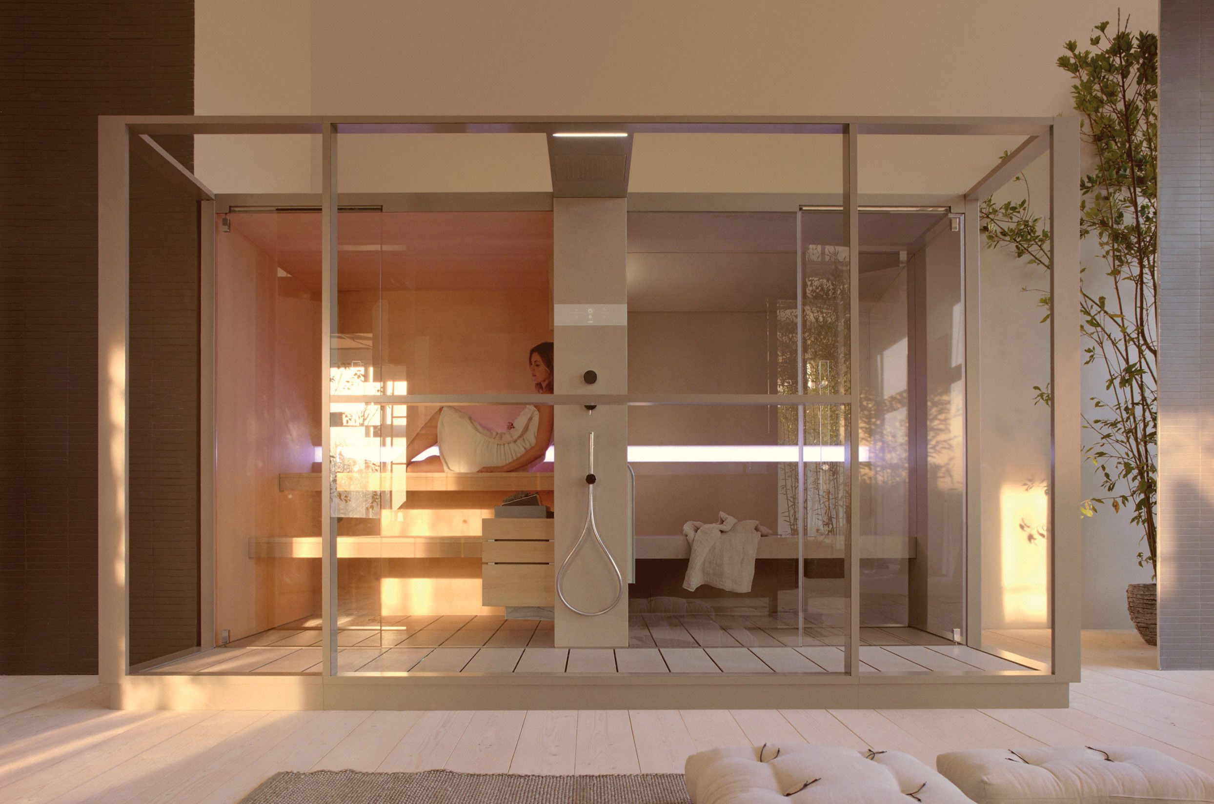 Sauna e bagno turco in una soluzione unica, collegati da un elegante ...