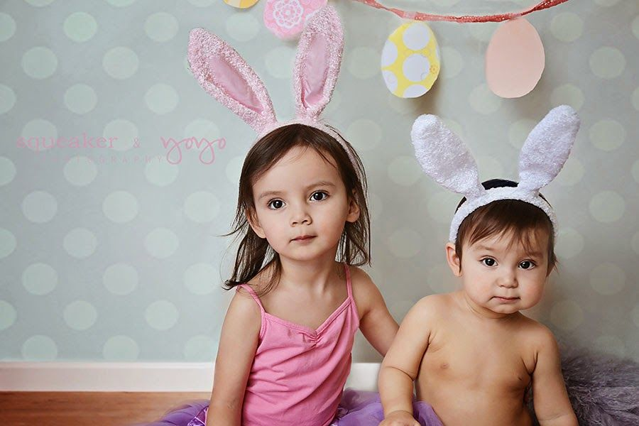 Mississauga family photographer - Easter cuties!