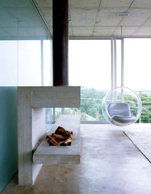 Fireplace & bubble chair