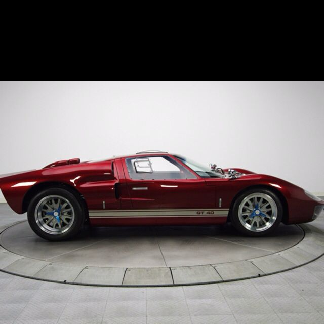 Superb 1966 Ford Superformance GT40