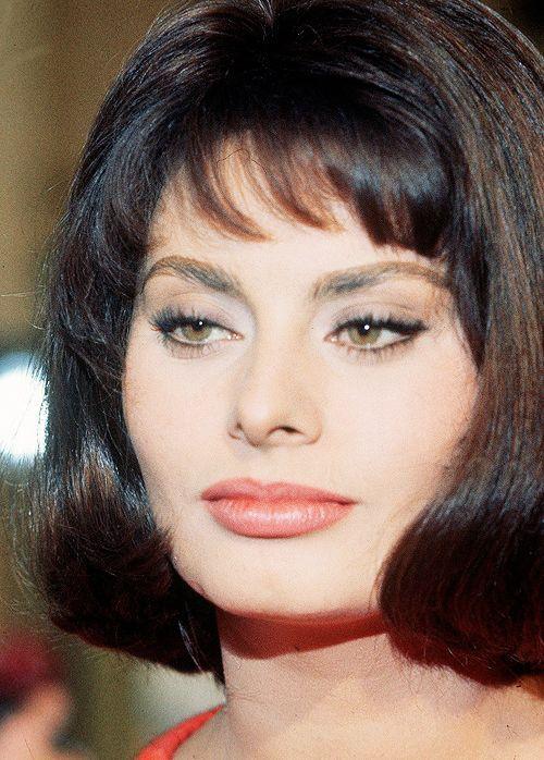 Sophia Loren's Cat eye perfection.: