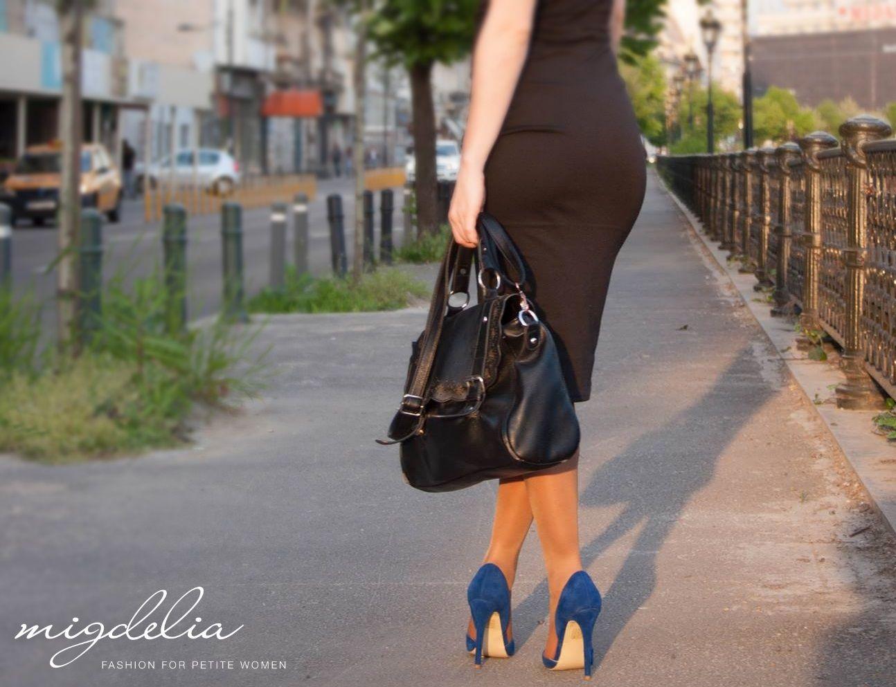 From day to night easily: midi black dress! Migdelia - fashion for petite women https://goo.gl/fMvYUw