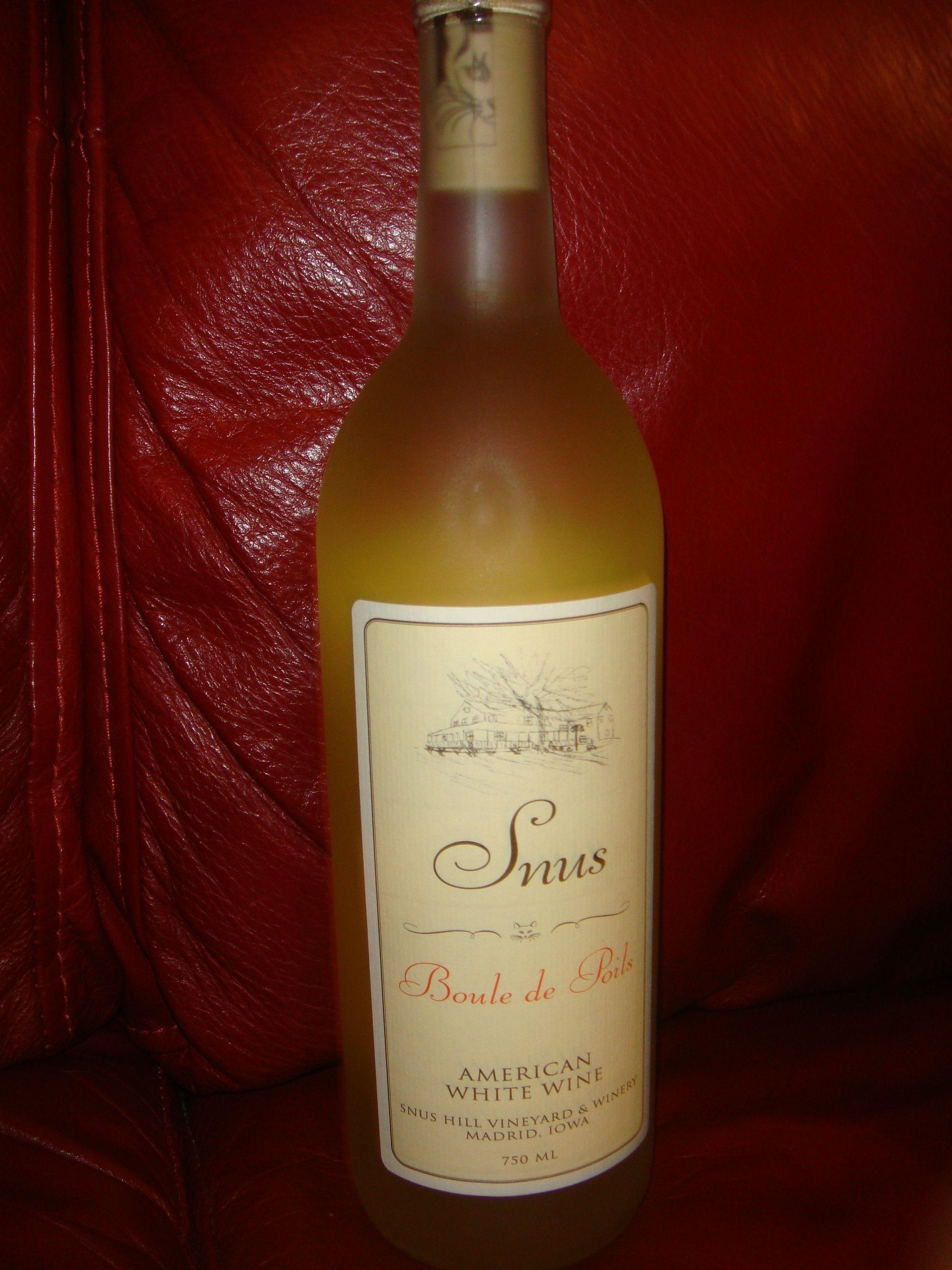 Boule De Poils American White Wine By Snus Hill Vineyard Winery White Wine Wine Wine Bottle