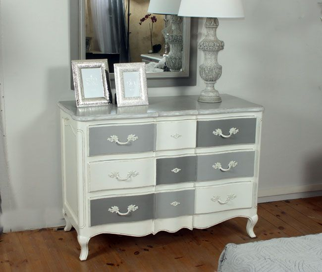 meuble peint en blanc in37 jornalagora. Black Bedroom Furniture Sets. Home Design Ideas