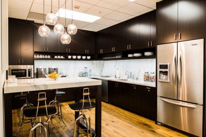 Les plus belles cuisines et cafétérias de bureaux du monde