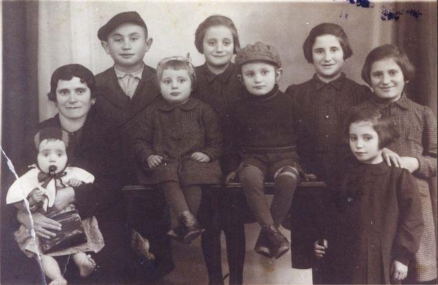 Prewar, The Gliekmann family.